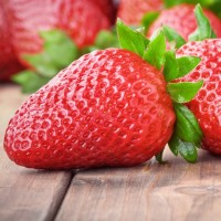 16oz Mouth Watering Strawberries - Ultra-Strong Fragrance Oil